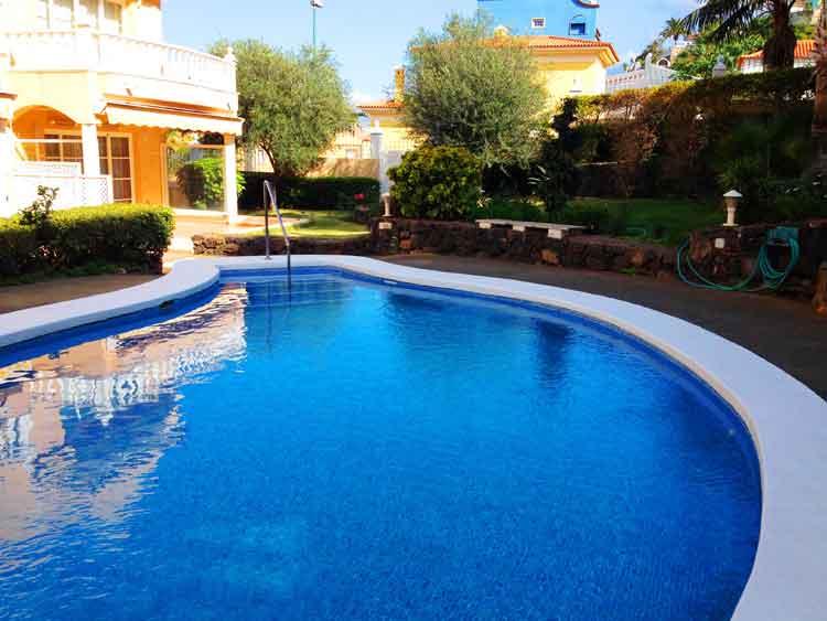 MIETE! Gemütliches und praktisches Apartment in der Nähe des Playa Jardín Strandes