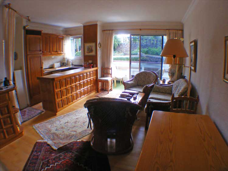 Teneriffa. Apartment mit einem Schlafzimmer im 2. Stockwerk. Südlage