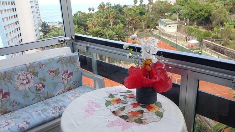 Teneriffa, Immobilie, Eckapartment mit See-und Bergblick - Apartment mit einem Schlafzimmer und sch�nen Blick auf Meer und K�ste