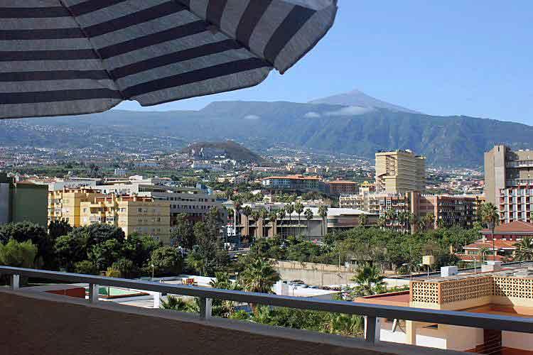 Immobilien Teneriffa, Apartment mit zwei Schlafzimmern in Puerto de la Cruz - Schöne Ferienwohnung mit Blick auf Berge und Meer.