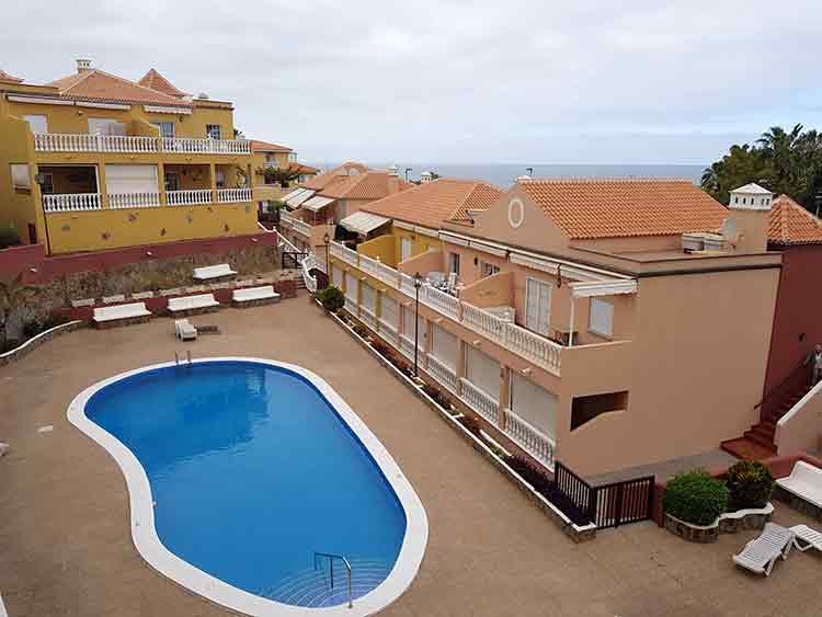 Apartamento de dos dormitorios y dos terrazas con orientación norte-sur en Puerto Cruz