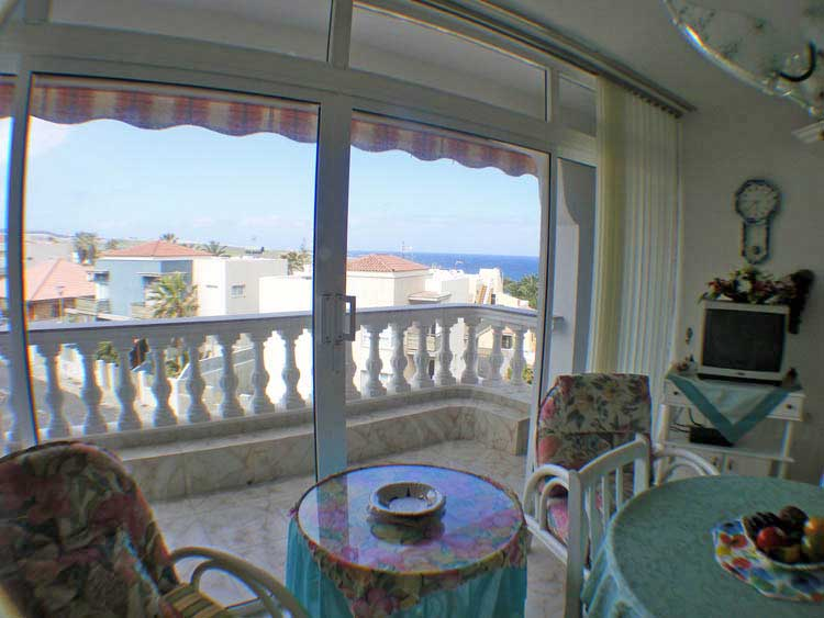 Apartment in the last floor with two bedrooms and wonderful seaview