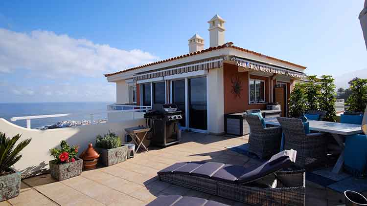 To Rent Penthouse Apartment With Two Bedrooms In Puerto De