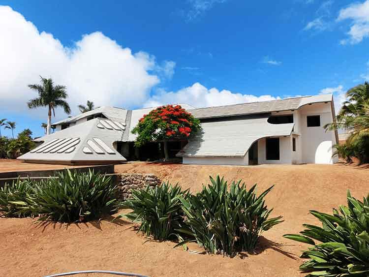 Traum auf 3 Ebenen, Grundstück 10.735 m2, direkt an der Küste