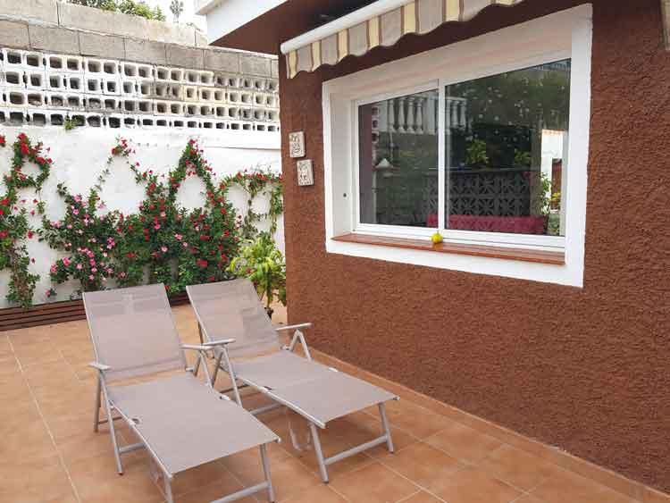 Bungalow mit zwei Schlafzimmern und Garten. Klein aber fein! Los Realejos- Romantica 1