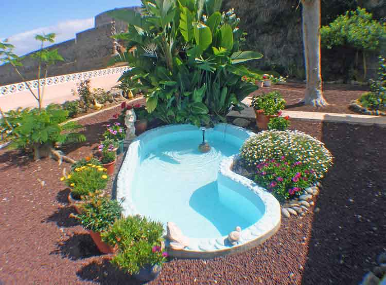 Gepflegter bungalow in absolut ruhiger lage mit separatem apartment in icod de los vinos for Fuente jardin