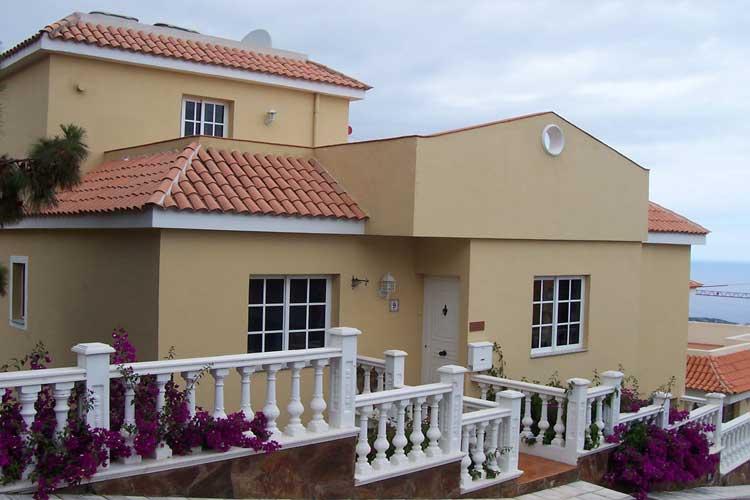 Teneriffa, Immobilie, Chalet mit 4 Schlafzimmer - Chalet aufgeteilt in 2 Wohnungen, herrlicher Blick.
