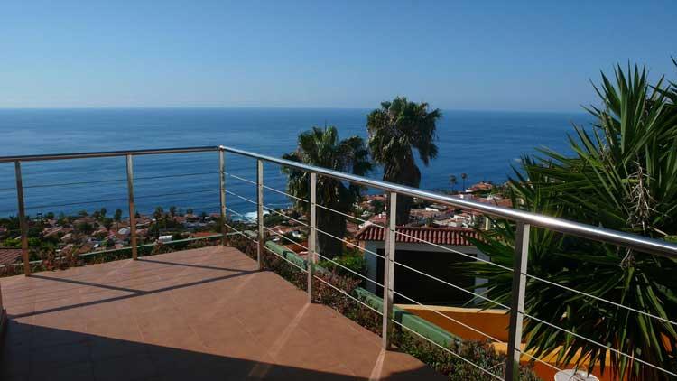 Teneriffa,Exklusives Villen-Ensemble mit Stil - Villa mit vier Schlafzimmern bietet atemberaubende Ausblicke auf den Atlantik