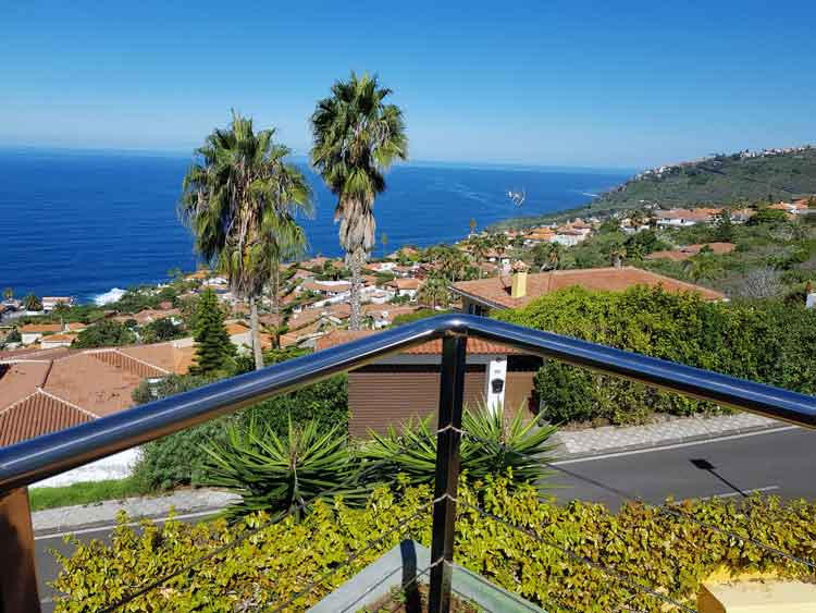 This splendid Villa with four bedrooms  and with stunning views