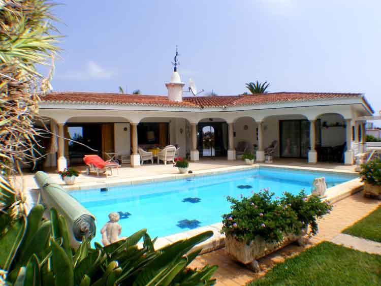 Teneriffa, Immobilie, Luxusvilla - Luxusvilla, herrliche Aussicht, Traumgrundstück 3500m2, absolut ruhige Toplage