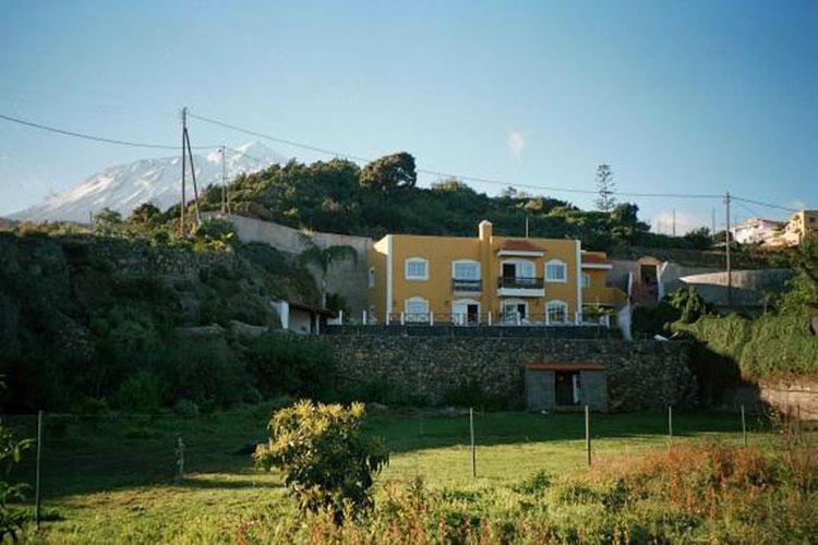 Wohnhaus mit drei Wohneinheiten in ländlicher Lage. klicken zum vergrössern