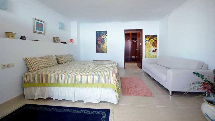 Ref. 5360 - Casas 6 o mas Dormitorios
