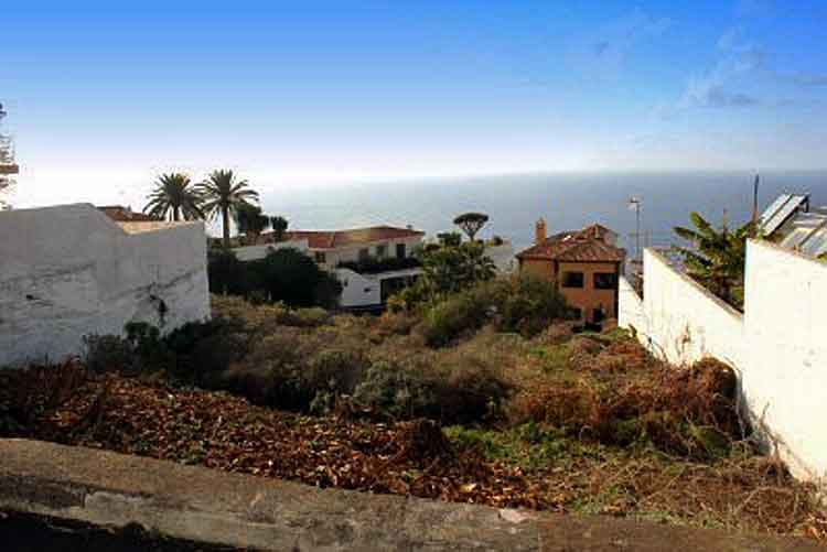 Plot for build in El Sauzal in Tenerife north click to enlarge the image